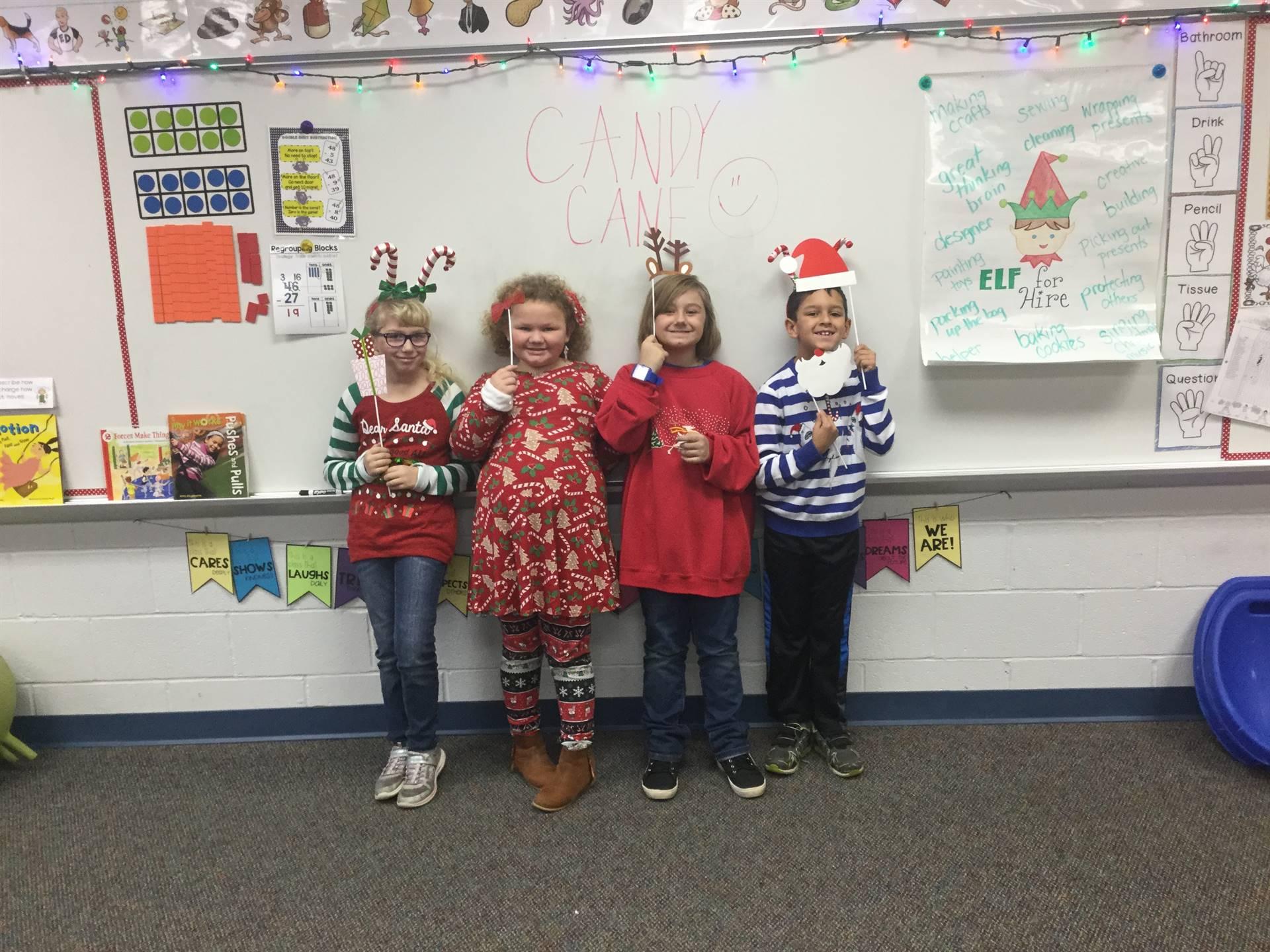 2nd Grade - Mrs. Steiner's festive students