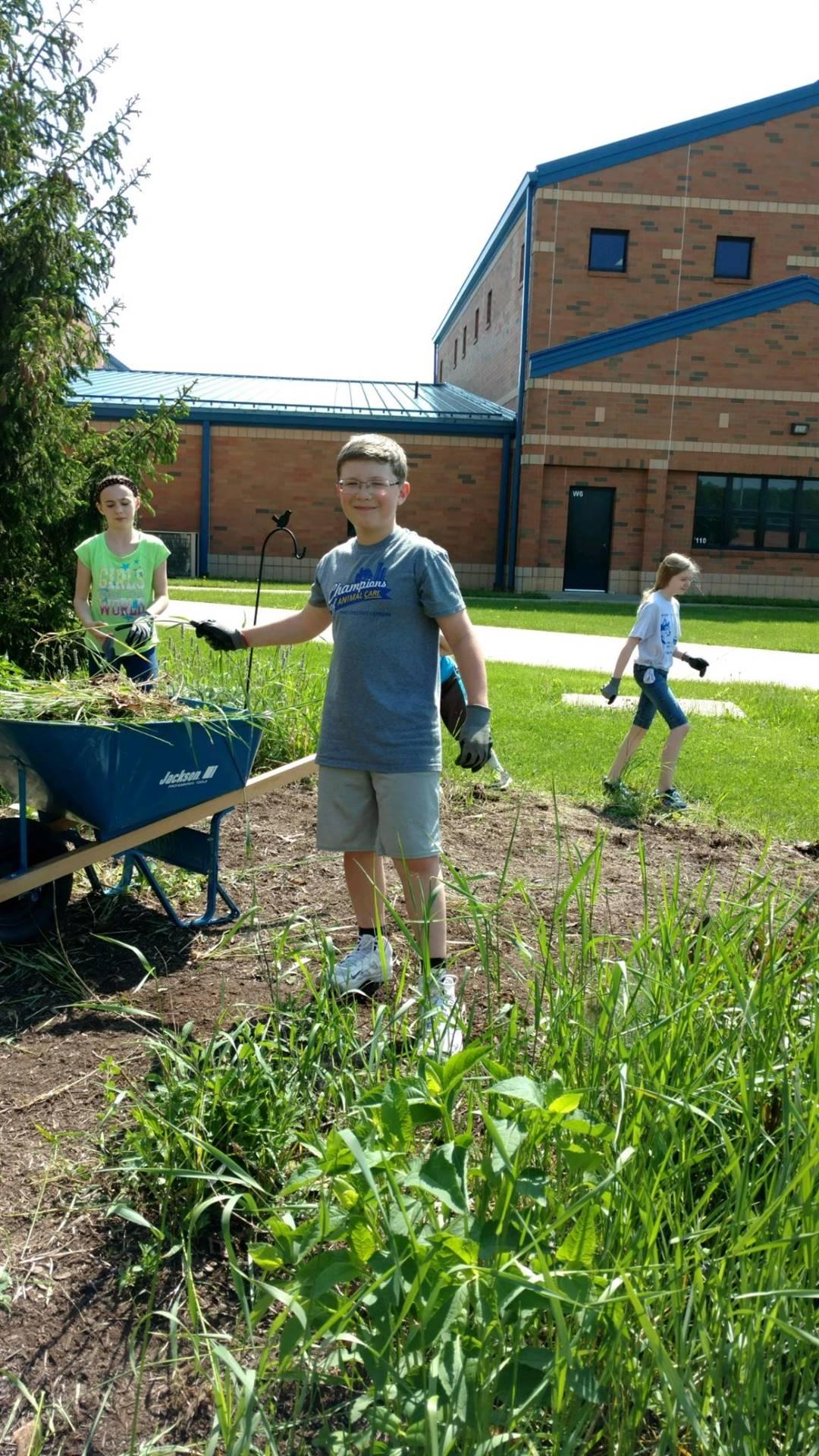 Community Service-weeding & mulching!