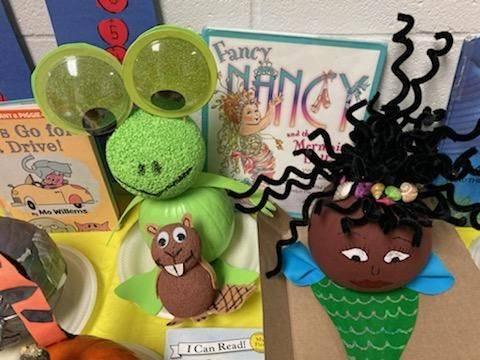 Kindergarten Pumpkin Book Characters!