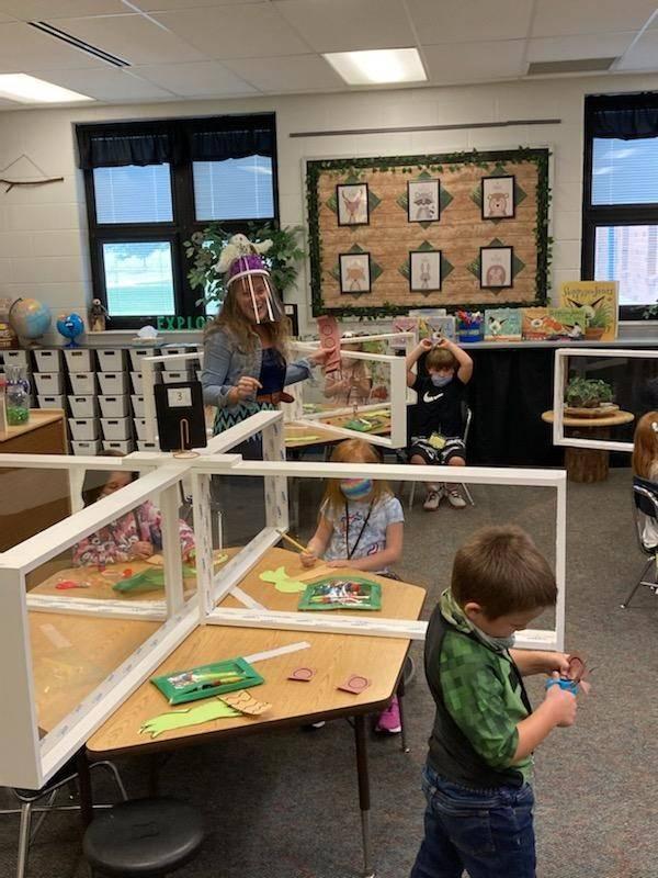 Mrs. Fish teaching Kindergarten