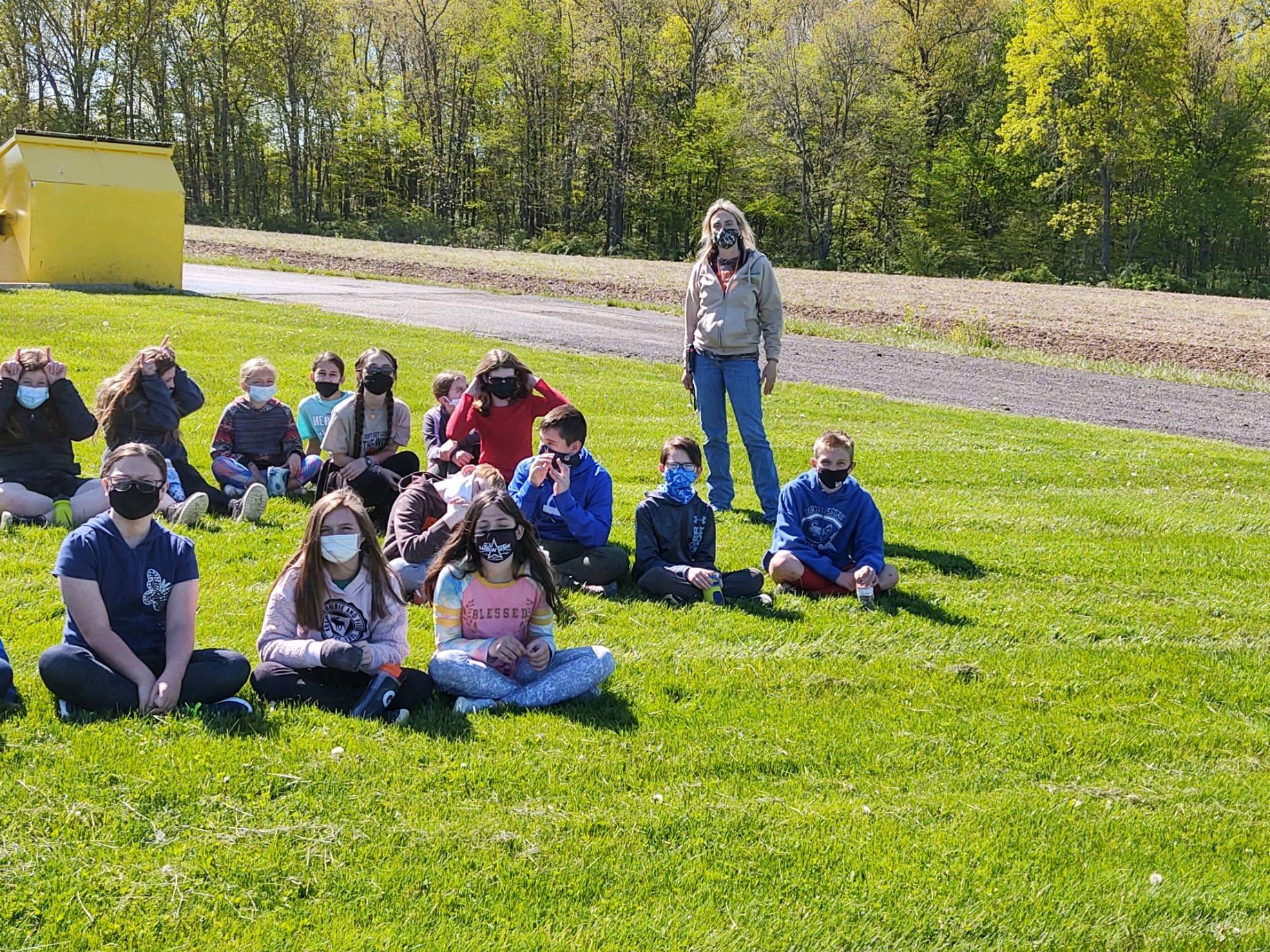 Kelly Riley from Soil & Water with 5th grade students!
